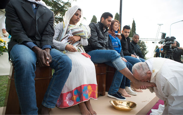 20160324T1633-1-CNS-POPE-MASS-REFUGEES